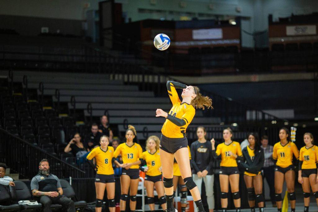 VCU Volleyball extends win streak to 7 after sweep of URI