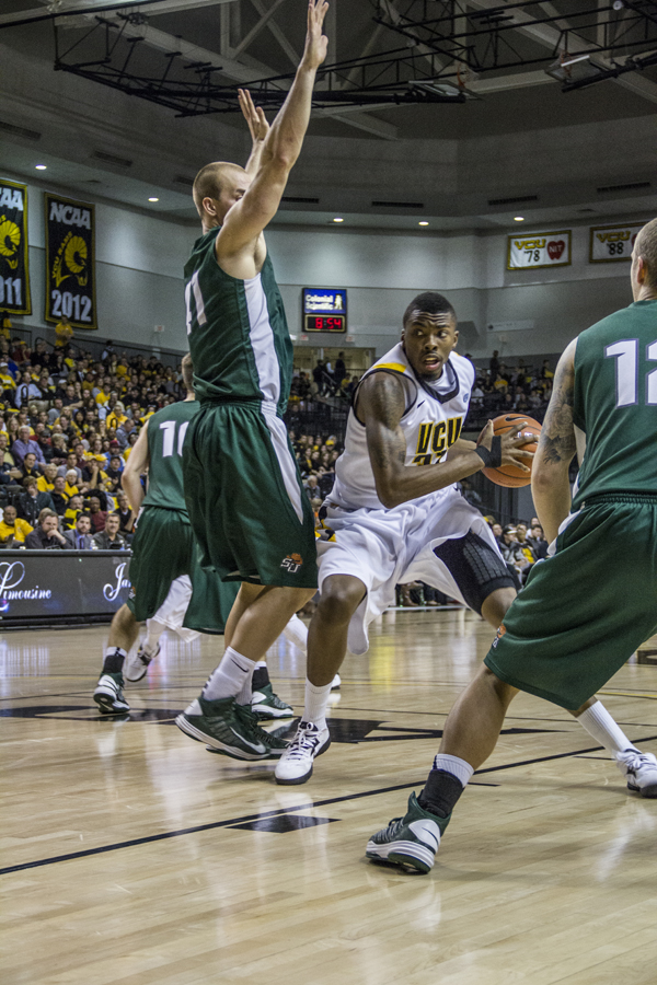 Justin Tuoyo recorded four rebounds, three blocks and two assists in 18 minutes. (Photo by Amber-Lynn Taber)